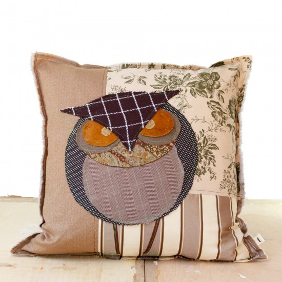 Great Horned Owl - Artist Pillows Canadian Owls Collection
